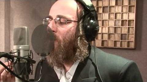 הזמר החסידי אייזיק האניג יופיע בפעם הראשונה בארץ הקודש 1