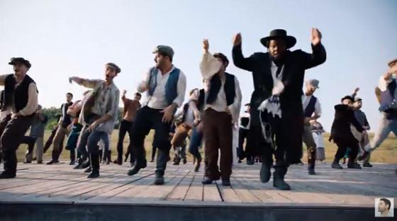 """צפו: גד אלבז בפרומו וידאו מהאלבום החדש """"לחיים"""" 4"""