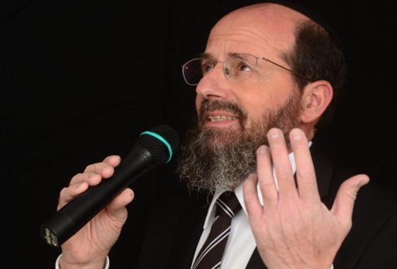 """עקיבא מרגליות וחיים ישראל מגישים דואט """"בלב שלם"""" 3"""