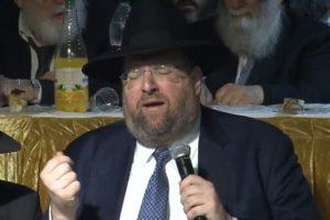 שלמה יהודה רכניץ בשיר חדש: 'מזמור לתודה'