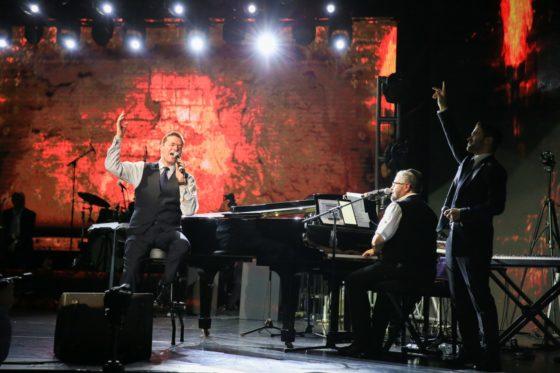 גדולי הזמר היהודי חגגו בניו יורק • גלריה 12