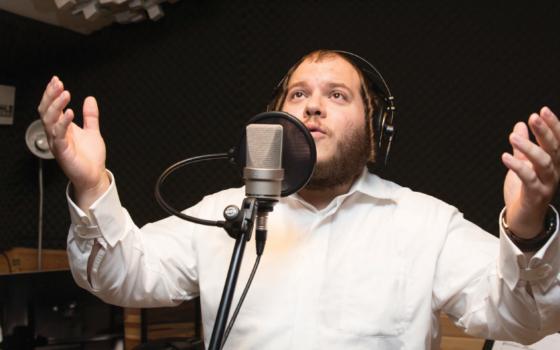 """זה טוב: האלבום החדש של פאלקוביץ' – """"טוב לי"""" כבר בישראל! 5"""