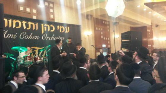 באמצע החתונה: השוטרים עצרו את האירוע וקנסו את הזמר • צפו 5