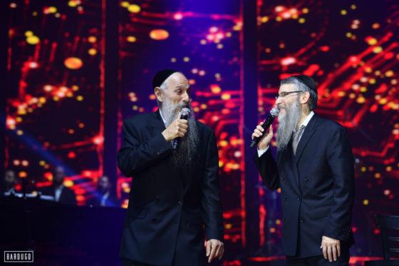 צפו: המופע המשותף של גדולי הזמר אברהם פריד ומרדכי בן דוד 4