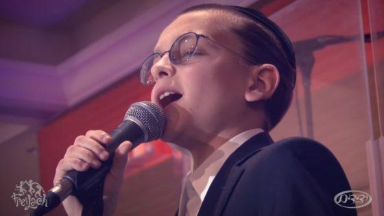 ילד הפלא כבש את התורמים עם ביצוע לשיר שחידש מרדכי בן דוד 8