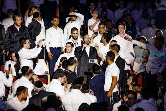 מחאה מוזיקלית: 3,000 איש אמש בבניני האומה במופע נגד הכפייה החילונית 164