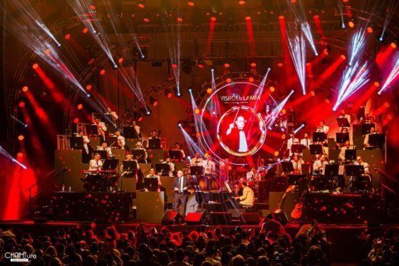 """הצלם חיים טויטו מגיש: קונצרט """"האסק 33"""" • גלריה נוצצת 10"""
