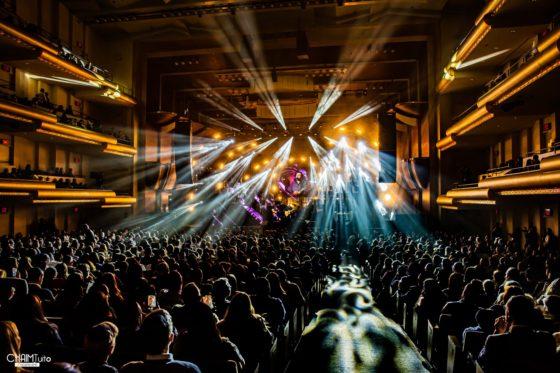 """הצלם חיים טויטו מגיש: קונצרט """"האסק 33"""" • גלריה נוצצת 36"""