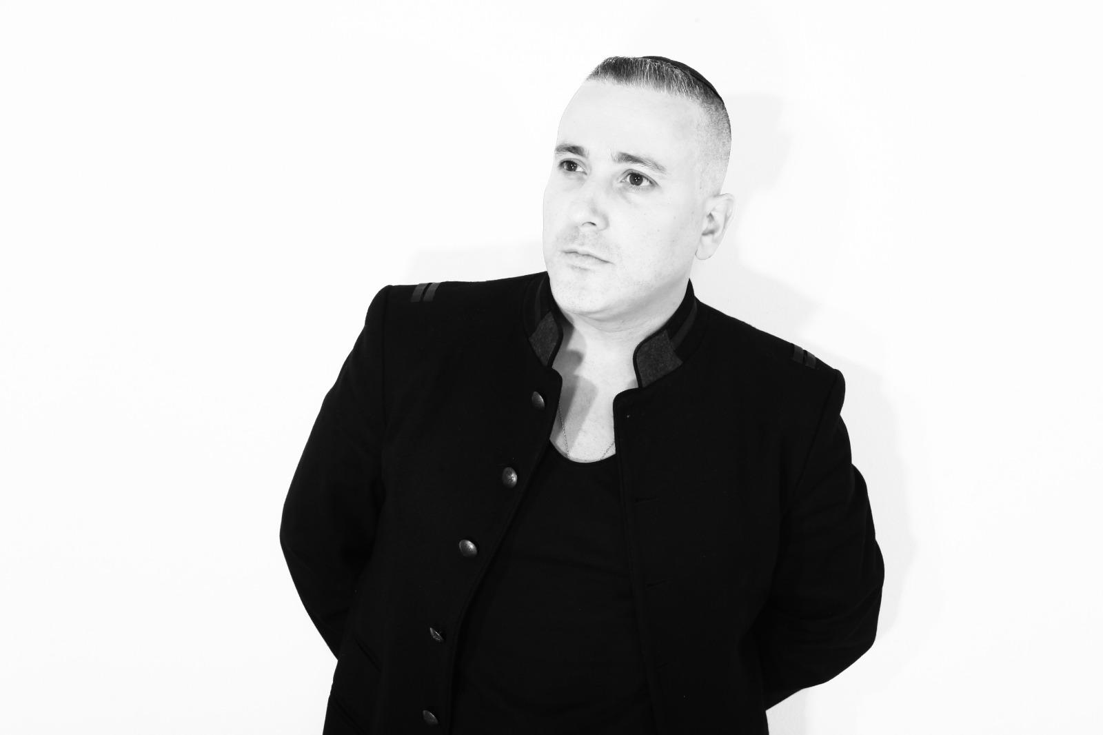 """יניב בן משיח בסינגל חדש: """"דרכו של העולם"""" 10"""