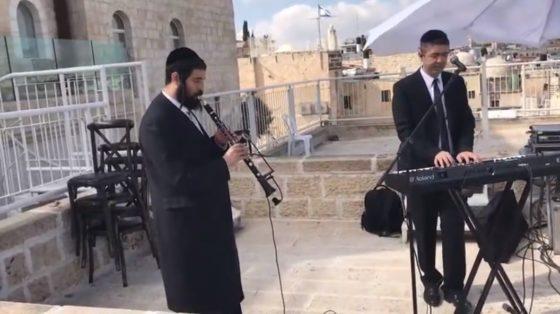 """עמי כהן ואברהם בלטי בביצוע מיוחד ל""""אם אשכחך ירושלים"""" 3"""