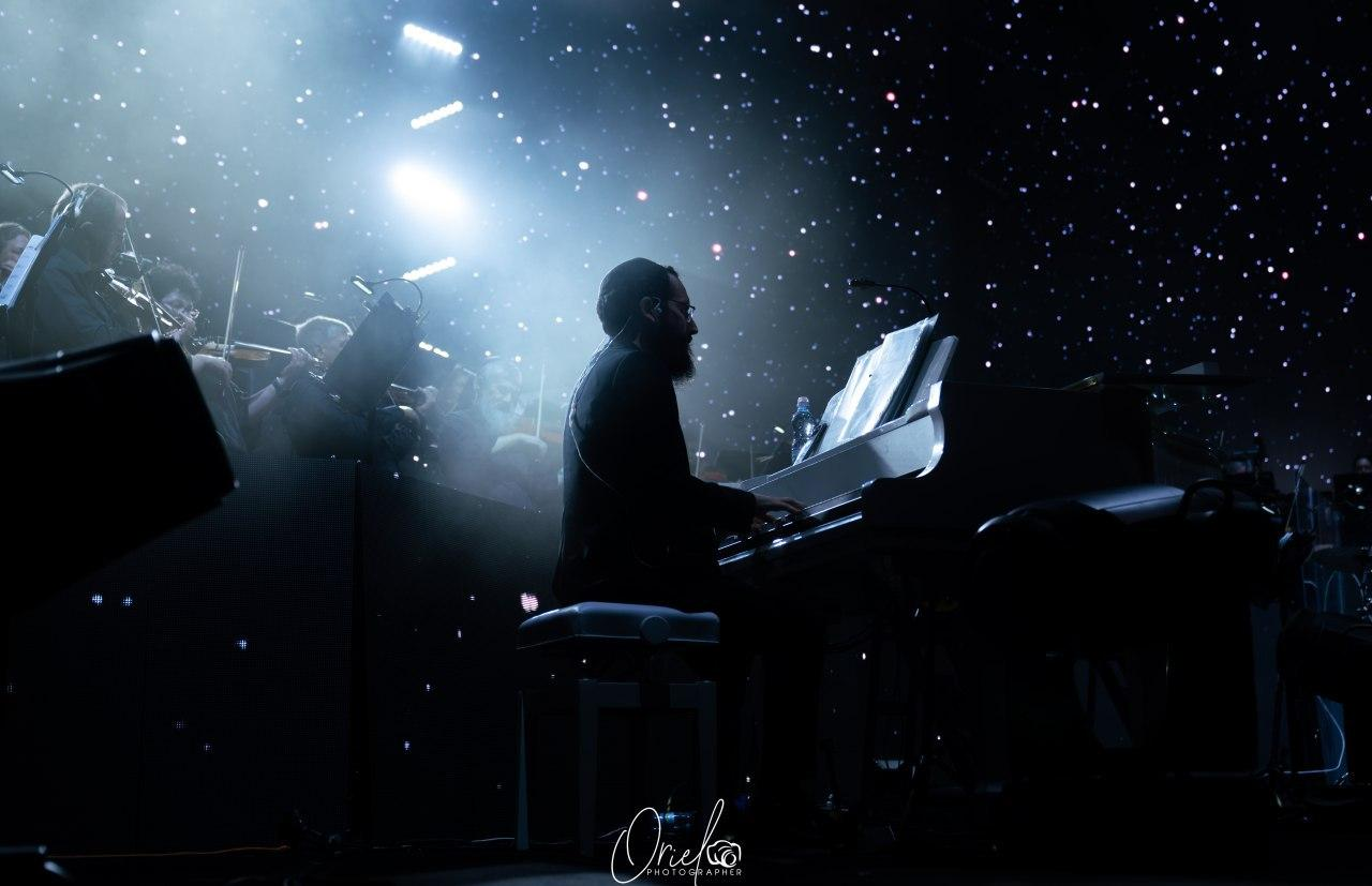 """חב""""ד על הפסנתר: אחיה אשר כהן אלורו - """"תרננה שפתי"""" 8"""