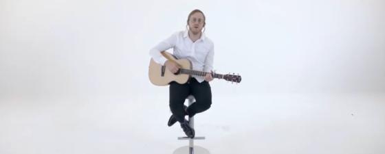 """דייויד טויב בשיר חדש ומרגש - """"מברך השנים"""" 7"""