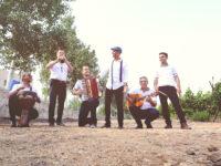 """צפו: להקת """"ענבי הגפן"""" ורועי ידיד חוגגים 35 שנה עם סינגל חדש 7"""